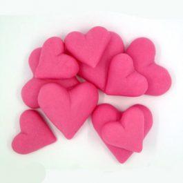 לבבות קטנים ורודים