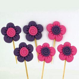 פרח על קיסם ורוד סגול